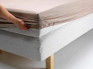 Как гладить простынь на резинке