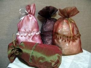 Тканевые мешочки - упаковка подарков на Новый Год
