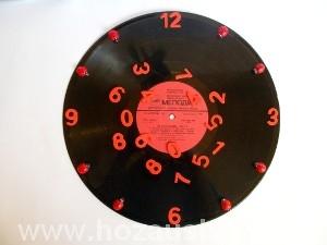 Часы из пластинки фото 13