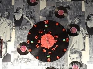 Часы из пластинки фото 34